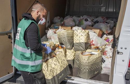 Emergenza povertà, Specchio in aiuto di tremila famiglie
